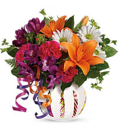 Teleflora's Party Starter Fresh Vase