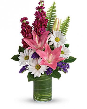 Teleflora's Playful Daisy Bouquet Arrangement