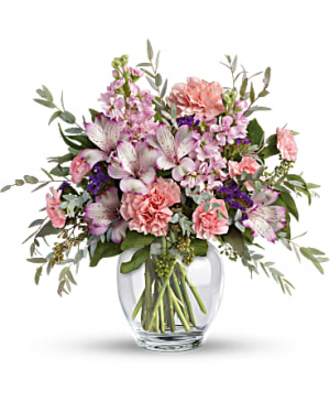 Teleflora's Pretty Pastel Bouquet Fresh Flowers  in Auburndale, FL | The House of Flowers