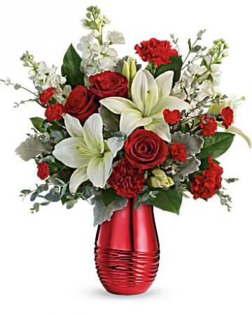 Teleflora's Radiantly Rouge Bouquet Fresh Arrangement