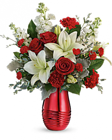 Teleflora's Radiantly Rouge Bouquet Valentine's Day