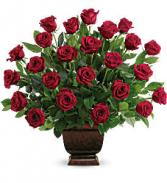 Teleflora's Rose Tribute Sympathy