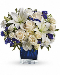 Teleflora's Sapphire Skies Bouquet Arrangement