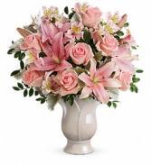 Teleflora's Soft and Tender Bouquet Fresh Arrangement with a Teleflora Keepsake