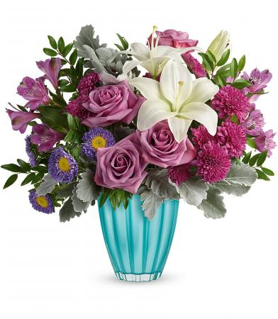 Teleflora's Spring In Your Step T21E105B Bouquet
