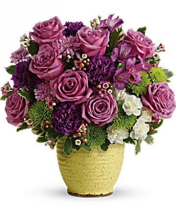 Teleflora's Spring Speckle Bouquet Fresh Arrangement