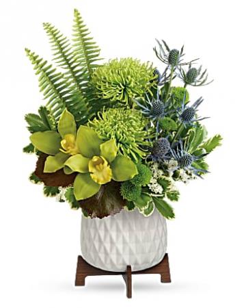 Teleflora's Style Statement Bouquet Vase Arrangement