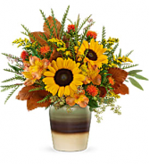 Teleflora's Thankfully yours Fresh Arrangement with a Teleflora Keepsake