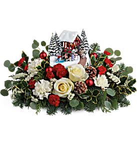 Teleflora's Thomas Kincade Christmas Bridge Bouque Fresh Arrangement  in Auburndale, FL | The House of Flowers