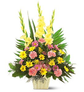 Teleflora's Warm Thoughts Sympathy Arrangement in Auburndale, FL | The House of Flowers