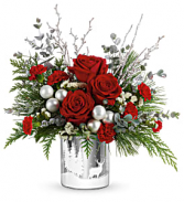Teleflora's Wintry Wishes Bouquet Centerpiece