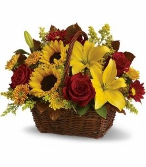 Sweet Summer Basket Basket of sunflowers and Lilies in Bethel, CT | BETHEL FLOWER MARKET OF STONY HILL