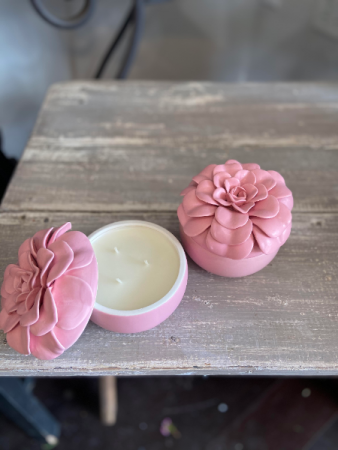 Thai Lily candle in porcelain flower container Keepsake Candle