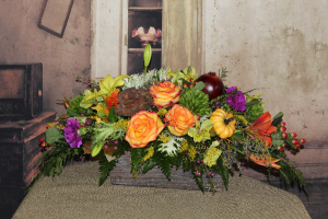 Thankful Centerpiece Fall seasonal in Stevensville, MT | WildWind Floral Design Studio