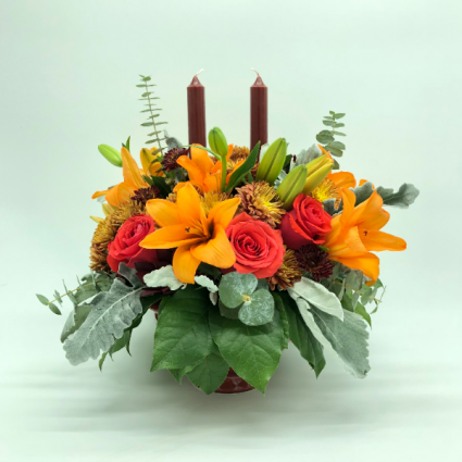 THANKSGIVING CANDLE  FLOWER ARRANGEMENT