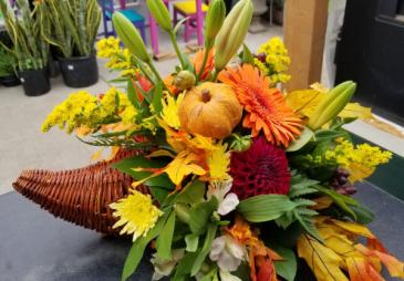 Thanksgiving Center Piece Fall Arrangement
