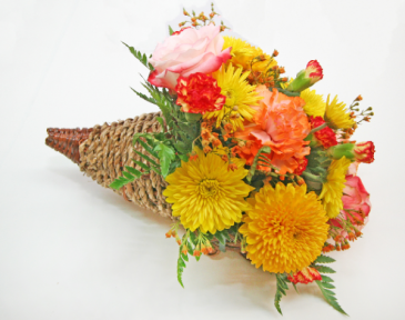 THANKSGIVING CORNUCOPIA Thanksgiving buffet table floral