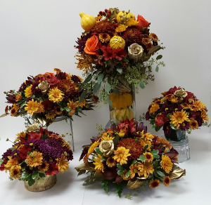 Thanksgivings Centerpices in Webster, TX |  La Mariposa Flowers