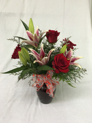 Thats Amore' vase in Sandwich, IL   JOHNSON'S FLORAL & GIFT