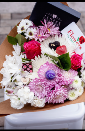 The Bundle of love chocolates and flowers