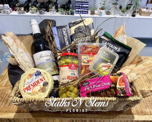 The Clooney  Hamper in Ferntree Gully, VIC | FLOWER DAISE