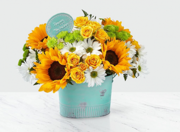 The FTD Birthday Bliss Bouquet Vase Arrangement