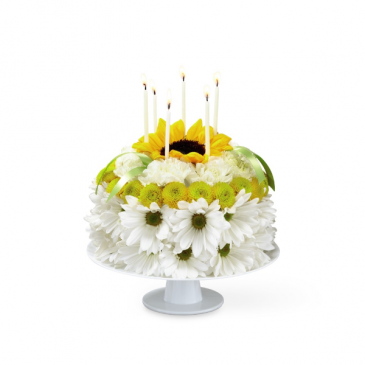 The FTD Birthday Smiles Floral Cake Birthday
