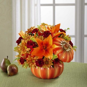 The FTD® Bountiful Bouquet