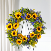 The FTD Bright Rays Wreath