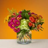 The FTD Crisp & Bright Bouquet