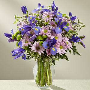 The FTD® Free Spirit™ Bouquet   in Valley City, OH | HILL HAVEN FLORIST & GREENHOUSE