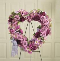 The FTD Heartfelt Wreath Wreath #8