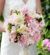 THE FTD® HEART'S PROMISE™ BOUQUET W30-5074 Bridal Bouquet