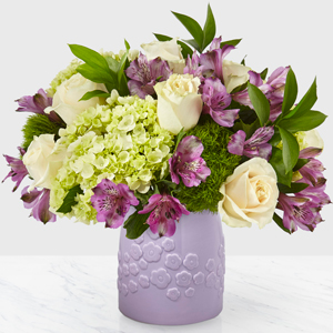 The FTD Lavender Bliss Boquet Vase Arrangement
