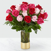 The FTD Love & Roses Bouquet