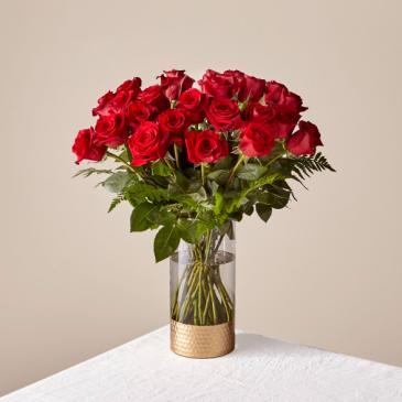 The FTD Lovebirds Red Rose Bouquet 21-V1R