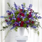 The FTD  Memorial of Life Arrangement Vase Arrangement