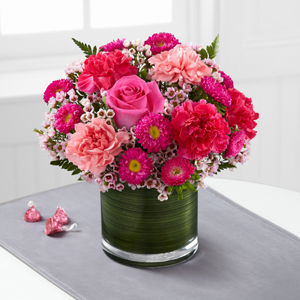 The FTD® Pink Pursuits™ Bouquet C15C-4972 Vased Arrangement