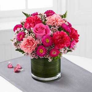 The FTD® Pink Pursuits™ Bouquet C15C-4972 Vased Arrangement