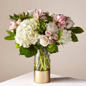 The FTD Rose All Day Bouquet
