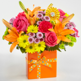 The FTD Set to Celebrate Bouquet Vase Arrangement