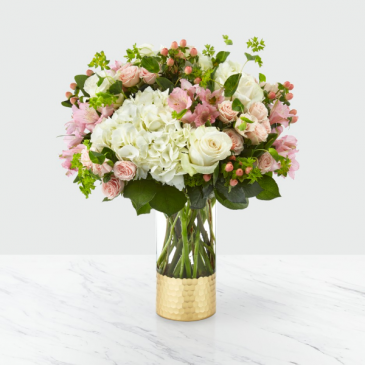 The FTD Simply Gorgeous Bouquet