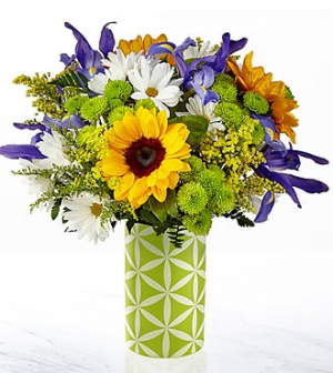The FTD® Sunflower Sweetness™ Bouquet  in Valley City, OH | HILL HAVEN FLORIST & GREENHOUSE