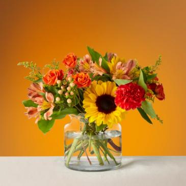 The FTD Sunnycrisp Bouquet