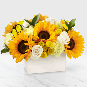 The FTD Sweet As Lemonade  Vase Arrangement