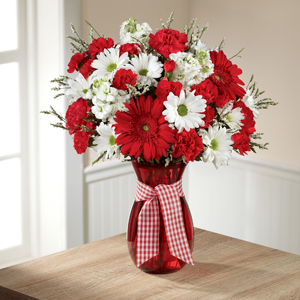 The FTD® Sweet Perfection™ Bouquet C15-5182 Vased Arrangement