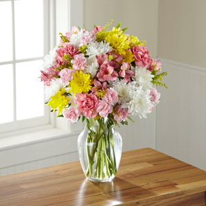 The FTD® Sweeter Than Ever™ Bouquet C13-5170 Vased Arrangement