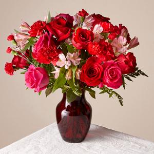 The FTD The Valentine Bouquet