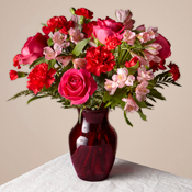 The FTD Valentine Bouquet B5428