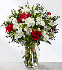 The FTD Winter Walk  Mixed Flowers Holiday Colors